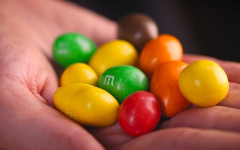 Руки конфеты, выбор профессии