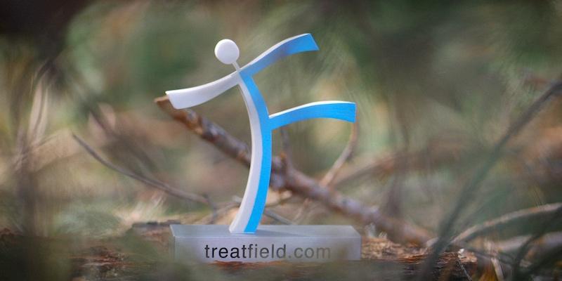 Тритфилд в лесу