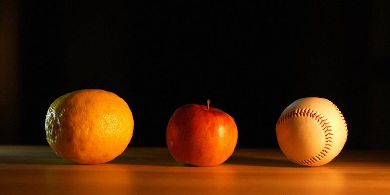 апельсин, яблоко, бейсбол